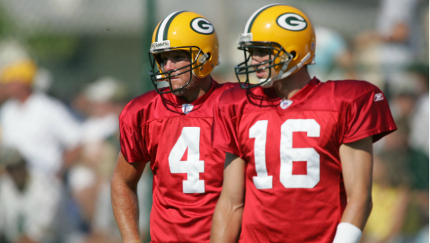 meet c5528 21afd Aaron Rodgers Once Taunted Brett Favre About His Wonderlic ...