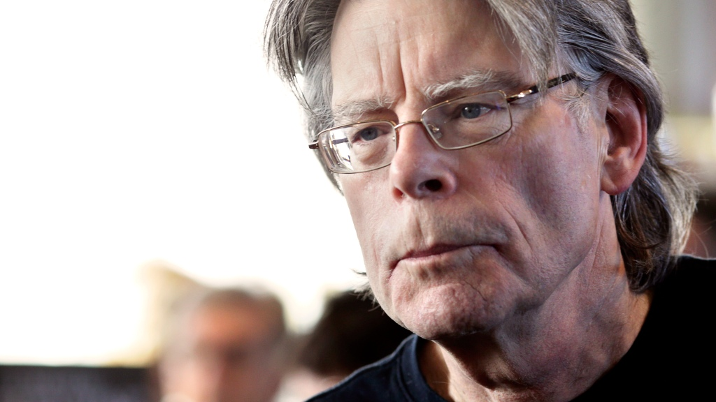 WATCH: Stephen King Reads From His New Book 'If It Bleeds'